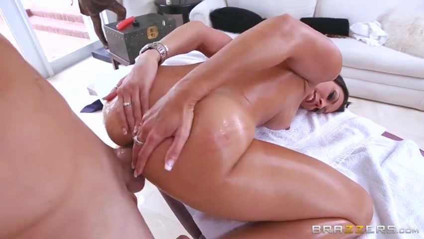 Sexo com massagista puta parte 02